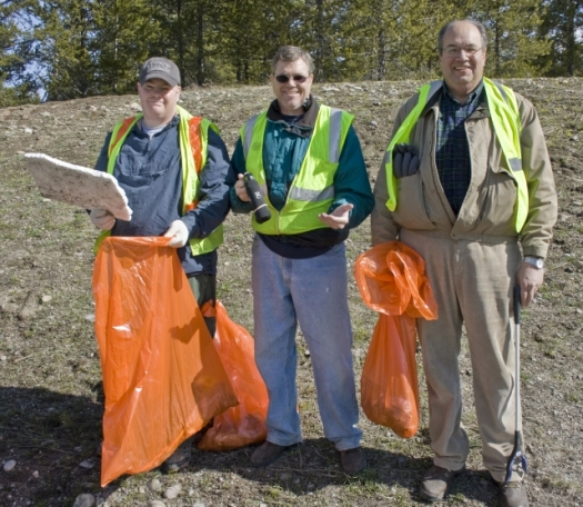 "Grand Teton Lodge Company Employees Discover Roadside ""Goodies"""