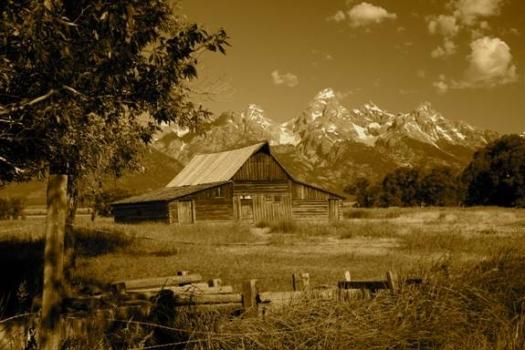 John & Bartha Moulton Barn, Circa 1910s